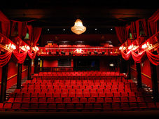 """Teatrul Rosu: """"Pinocchio"""""""