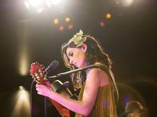 Alexandra Ușurelu în concert la Intim, Focșani