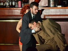 "Teatrul Rosu: ""Crima la Howard Johnson"""