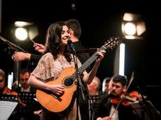 """Alexandra Ușurelu live la Filarmonica Ploiești, turneul """"Lumea, cum ai vrea să fie"""""""