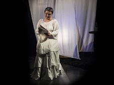 """Teatrul Coquette: ''Îngerul Pantofilor"""""""