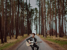 Alexu and The Voices Inside - lansare single / Expirat / 24.03