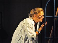 """Teatrul Coquette: """"Mostenirea"""""""