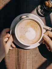 Unde ne bem cafeaua? #existaviatadupacarantina