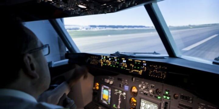Copilul si pasiunea pentru zbor - scoala de vara pentru copii si adolescentii pasionati de aviatie