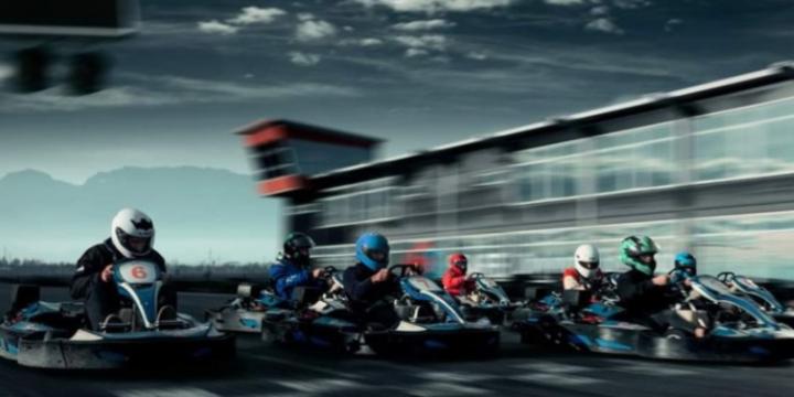 Experimenteaza alaturi de cei dragi - o experienta de Karting