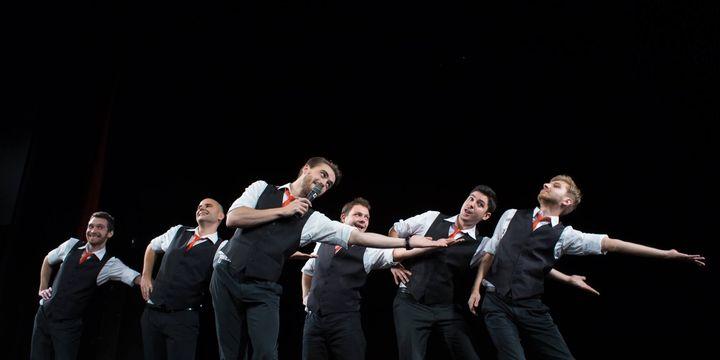 Cisnădie: Impro Show - Backstage Boys