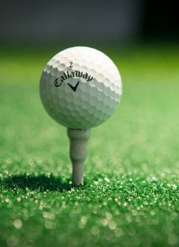 Golf indoor pentru iubitorii de sport