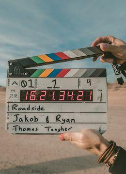 Club de filme si debate online - Experienta interactiva