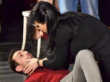 Teatrul Rosu: Dragoste neregulata - transmisiune online
