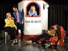 Teatrul Rosu:  Iubire dublu distilată - transmisiune online