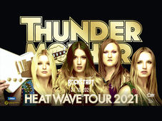 Brasov: Thundermother [SWE]
